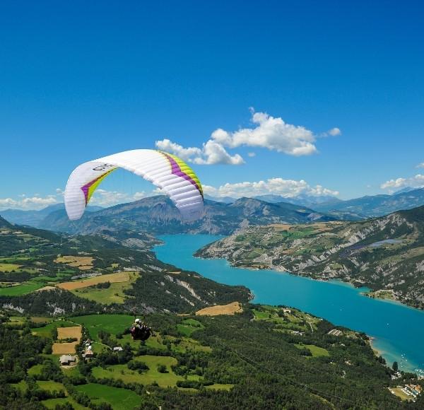 Vol parapente ascendance Serre-Poncon, Gap, Alpes du Sud
